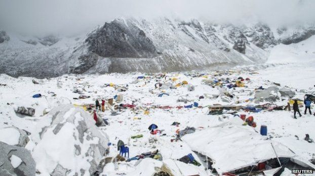 The Mount Everest south base camp in Nepal a day after the earthquake Credits to bbc.com